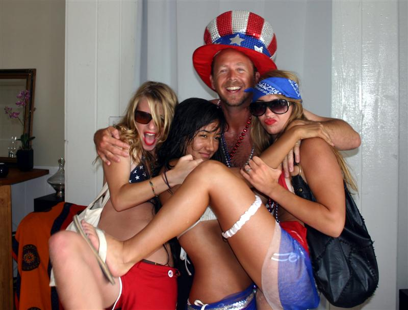 hermosa beach party 4th july