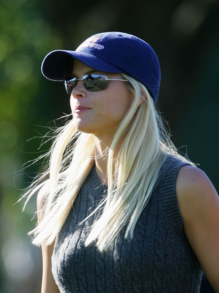 Elin Nordegren on golf course