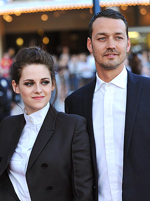 Kristen Stewart With Rubert Sanders Photo